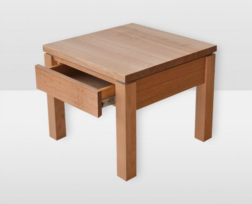 Jordan Lamp Table