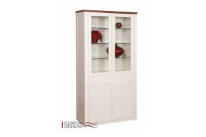 Display & Bookshelves